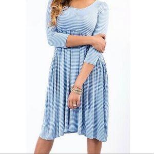 💥SALE💥 New Blue Striped Soft Muse Midi Dress